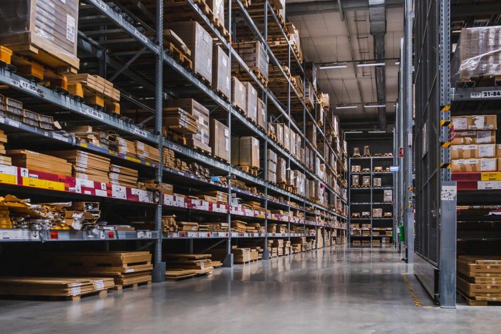 Einlagerung und Warehousing